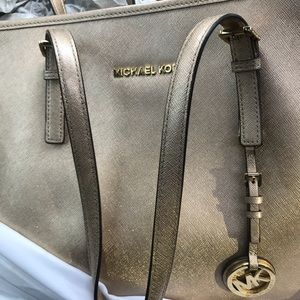 Michael kors purse wallet watch